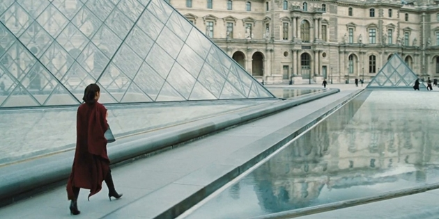 192-wonder-woman-trailer-louvre-pyramid-2016-11-05